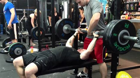 thick bar bench press rob king 300lb thick bar bench press youtube