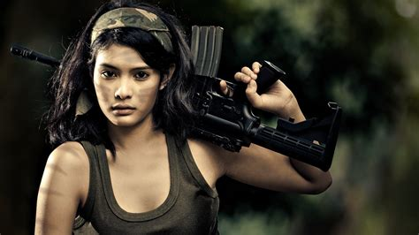 wallpaper girl gun salute to our troops 13 sexy asians we wish were in the