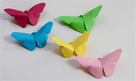 How To Make Simple Crafts With Paper - easy craft how to make paper butterflies