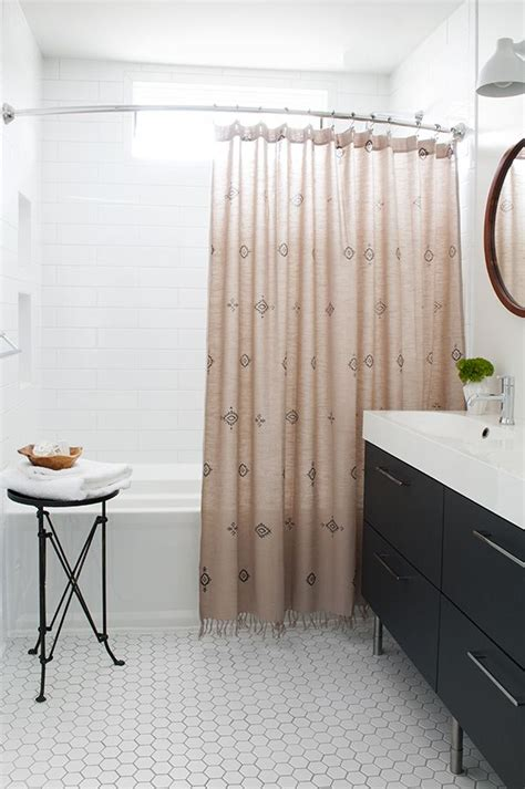 curtain hall 25 best ideas about large bathroom rugs on pinterest