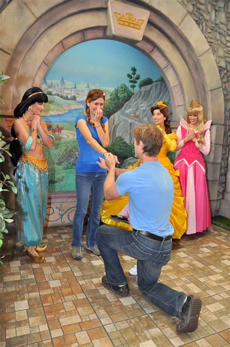 10 ways to propose to your sweetie in austin the top 10 ways to propose at walt disney world disneylists com
