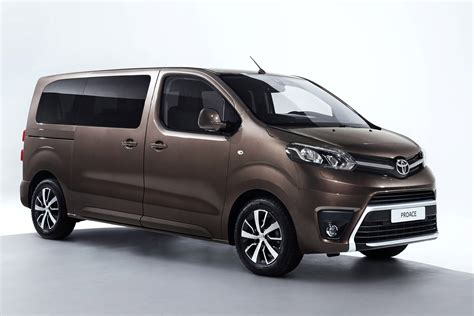 Geneva Debut For Toyota Proace Verso Mpv Auto Express