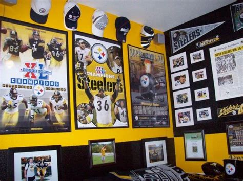 pittsburgh steelers bedroom best 25 football theme bedroom ideas on pinterest football themed rooms sports