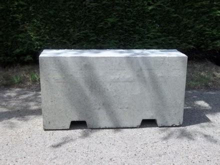 concrete jersey barriers  sale  hire nationwide