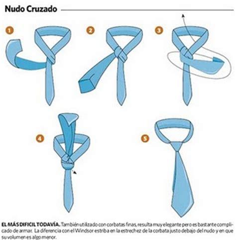 como se hace el nudo de la corbata creando con mis manos anudando corbatas