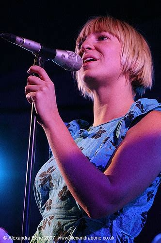 sia musician wikipedia 43 best images about sia furler on pinterest sia tour lyrics and happy faces
