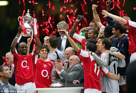 arsenal wins the fa cup final after crushing chelsea sports fa cup win can bring back glory days for barren arsenal