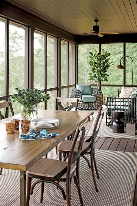 25 best ideas about enclosed front porches on enclosed porch decorating small