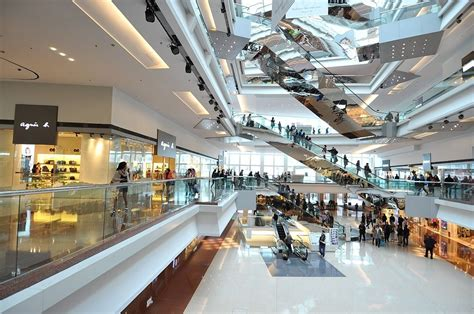 hong kongs  famous malls  department stores
