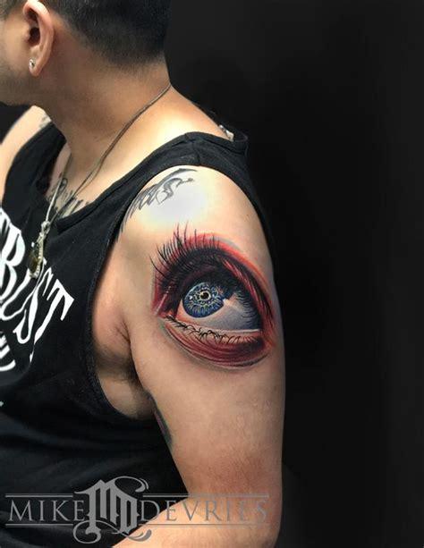eye v tattoo eye tattoo by mike devries tattoos
