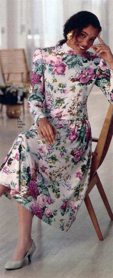 Fashion in the 1990s: Clothing Styles, Trends, Pictures