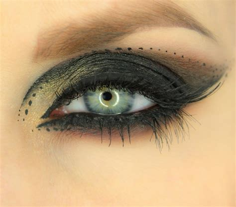 tutorial for top eyeliner cat eye makeup tutorial how to make perfect cat eyes