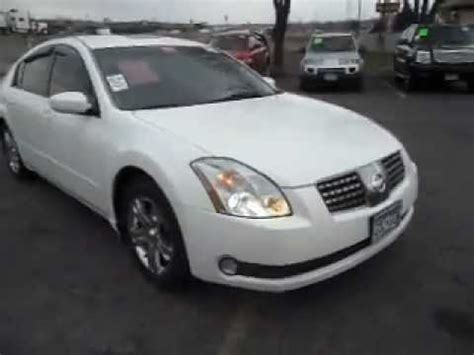 white nissan maxima 2005 2005 nissan maxima sl 3 5 v6 skyview roof white and clean