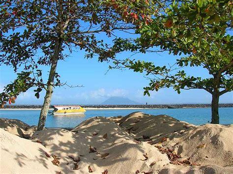 Air 2 Di Manado tempat pariwisata di manado paulcrl