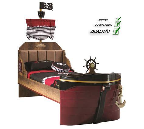 piratenbett kinderzimmer ahoy piratenbett in braun f 252 r kinderzimmer schiffsbett