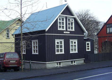iceland houses for sale file iceland reykjavik hverfisgata house 1 jpg