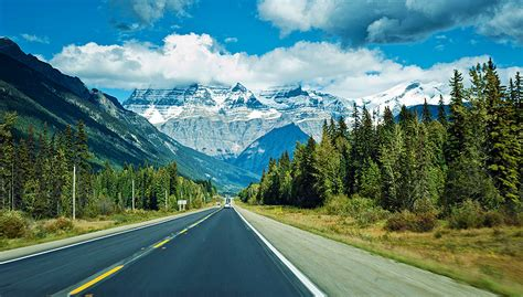 the canadian rockies a photographic tour books canadian rocky mountain adventures