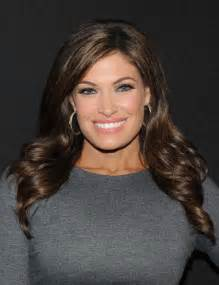 do fox anchors wear hair extensions kimberly guilfoyle long curls kimberly guilfoyle looks