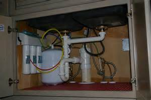 Replacing A Kitchen Sink Faucet Kitchen 45 Plumbing Under Sink