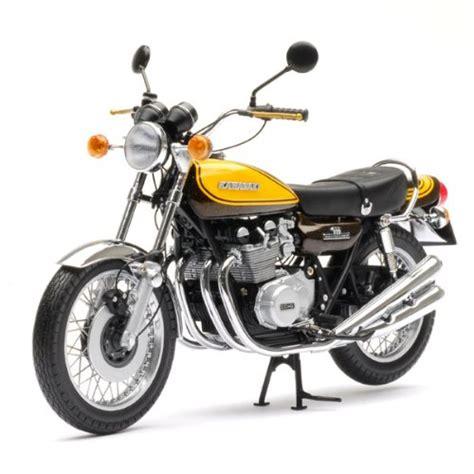 Motorrad Reimport Kawasaki by Minichs Kawasaki Z1 900 1973 Candy Green Yellow 1 12 By