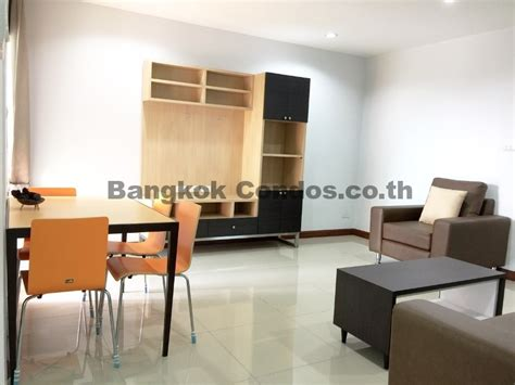 2 bedroom apartments that allow pets dog friendly 2 bedroom apartment for rent ekkamai pet