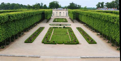 French Chateau Design fichier petit trianon jardin fran 231 ais jpg wikip 233 dia