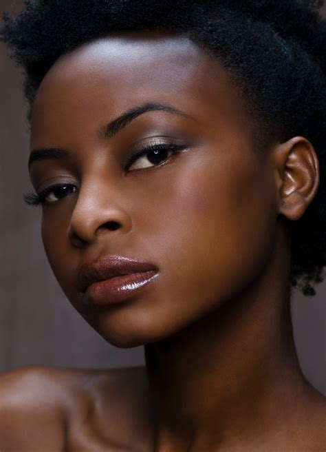 what are the best skin tones for women amazing lipstick colors for dark skin 2 best color