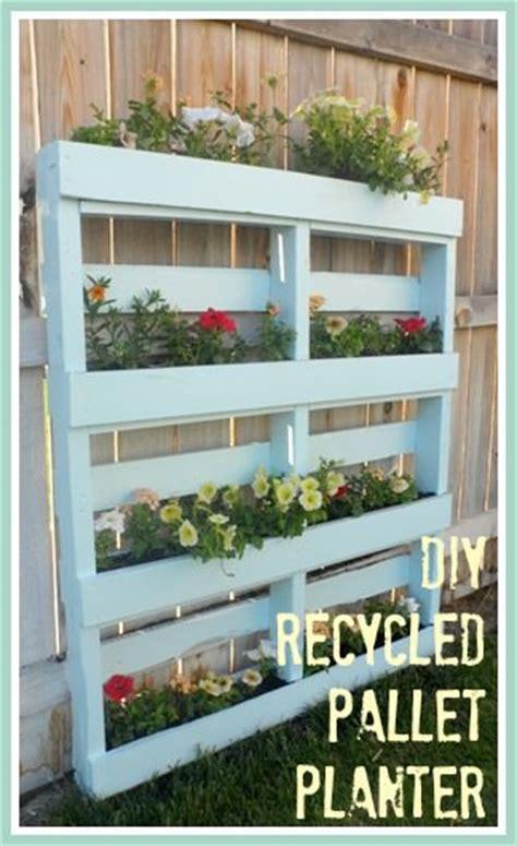 outdoor planter ideas projects  garden glove