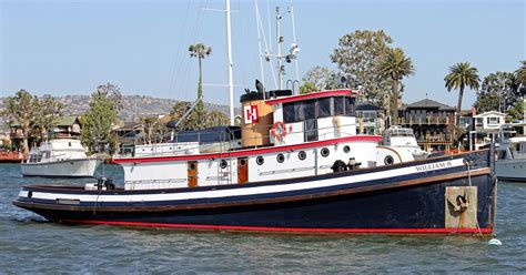Len Yacht by Len Bose Yacht Sales Harbor Report Much Goings On At The