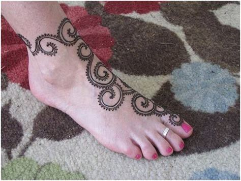 how to do a henna tattoo yourself 28 easy and simple mehndi designs that you can do by