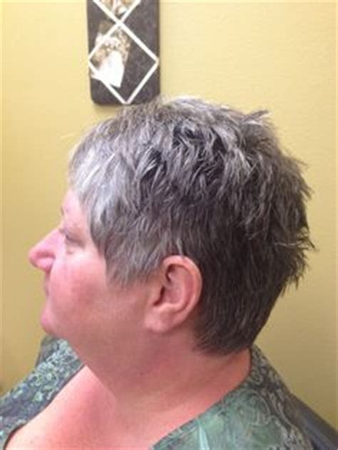 jamie lee curtis hairstyle instructions bold red colored a line haircut with platinum accent bangs