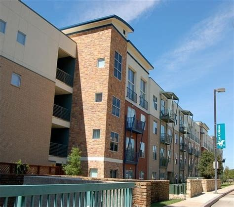 Apartments In Las Colinas Tx With Garage Canal Side Lofts Apartment Building View Lascolinas