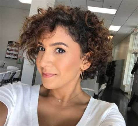 20 latest short curly hairstyles for 2018 short
