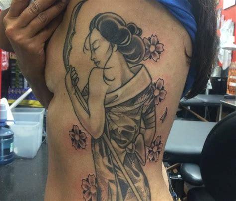 geisha tattoo on side beautiful pinup geisha tattoo on left forearm