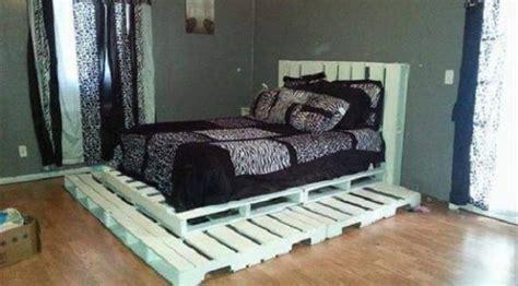 Tempat Tidur Kayu Bekas 10 kreasi furnitur dari palet kayu bekas yang tren lagi
