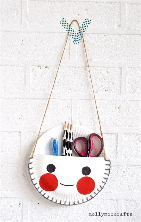 How To Make Girly Things Out Of Paper - mollymoocrafts paper plate craft the cutest desk tidy