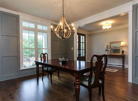9 foot ceilings hardwood floors large dining rooms and formal dining