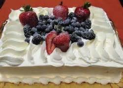 milk n berries cake 1 4 sheet porto s bakery