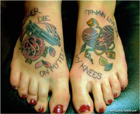 tattoo zijkant hand pijn tattoo voet quot het geheim van een mooie tatoeage quot
