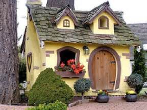 Cute House Cute Chemainus Garden Home Picture Of Chemainus Vancouver Island