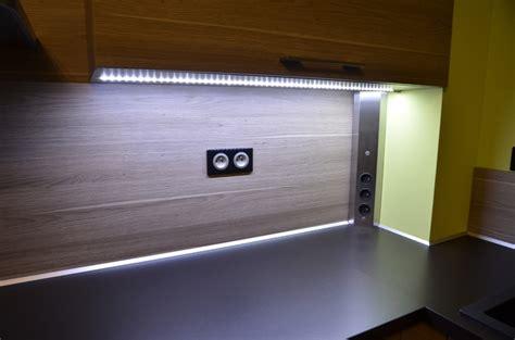 led pour meuble de cuisine eclairage led plan de travail led s go