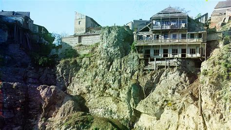 the cliff house amazing cliff houses literally living on the edge