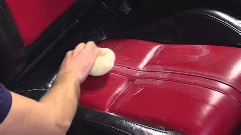 how to use autoglym leather cleaner