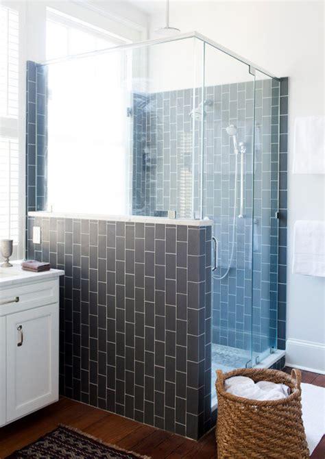 soluzioni per doccia finestra nella doccia problemi idee soluzioni design