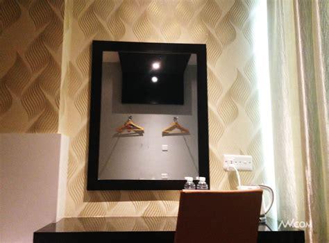 Meja Tv Di Batam premium budget hotel room in zen premium near purimas