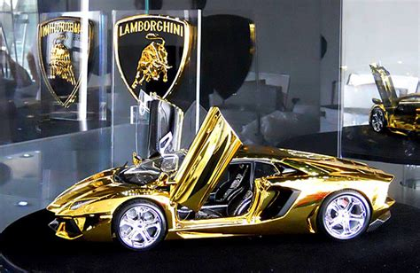 $7.5M Scale Model of Lamborghini Aventador Is Fashioned From a Half Ton Block of Gold and