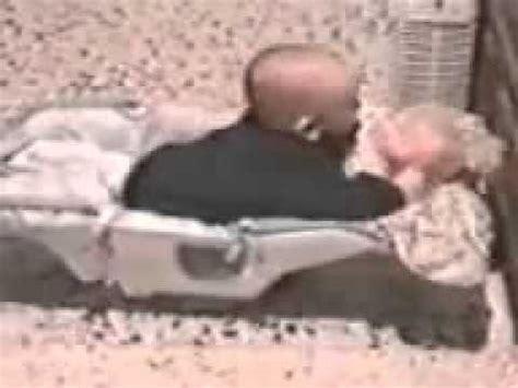 imagenes gratis asiendo el amor que curaa bebe asiendo el amor con una mu 241 eca youtube