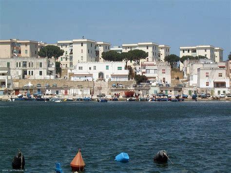 porto di brindisi brindisi citt 224 guida e foto settemuse it