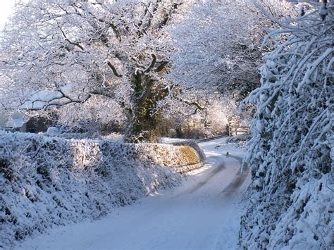 photos of snow snow at splatt mill a photo from devon england trekearth
