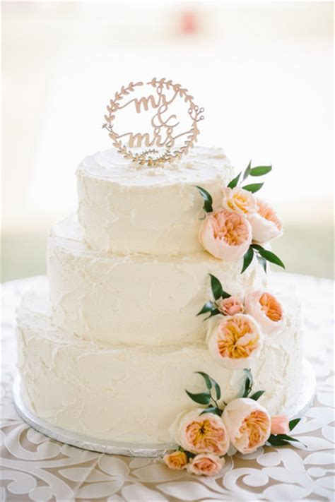 Wedding Cake Pictures And Ideas by Wedding Cakes Wedding Cake Ideas Weddingwire